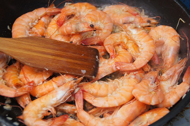 shrimp-854683_640